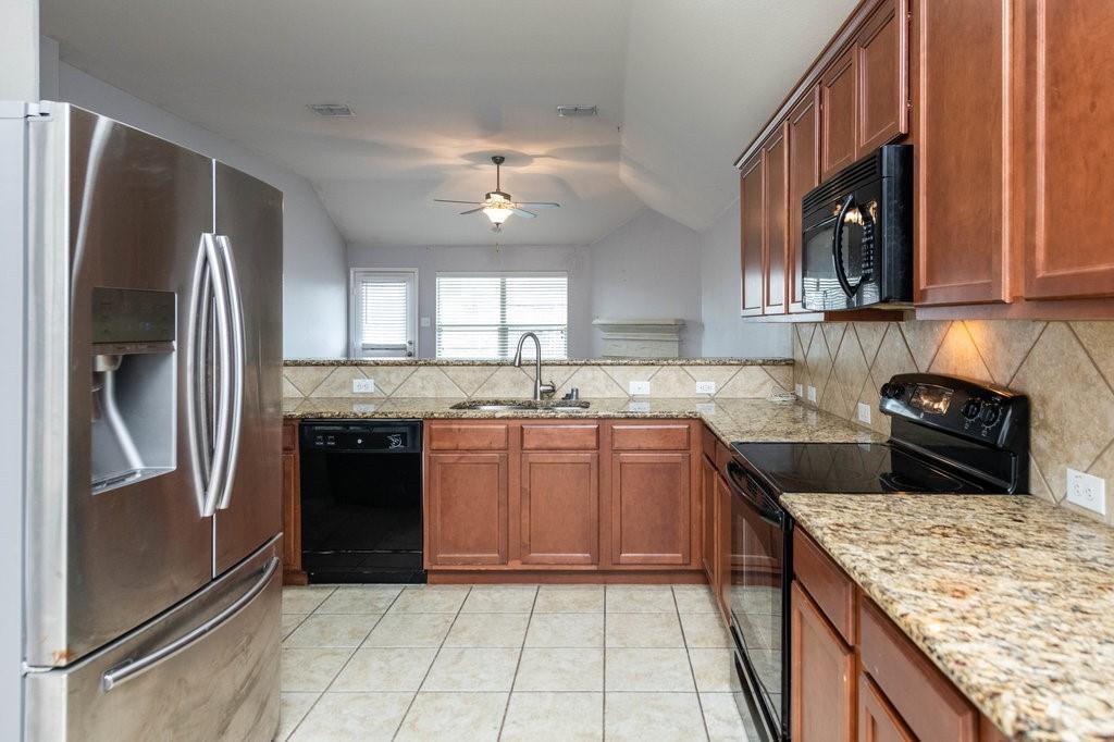 1337 Shelley Drive, Burleson, Texas 76028 - acquisto real estate best listing agent in the nation shana acquisto estate realtor