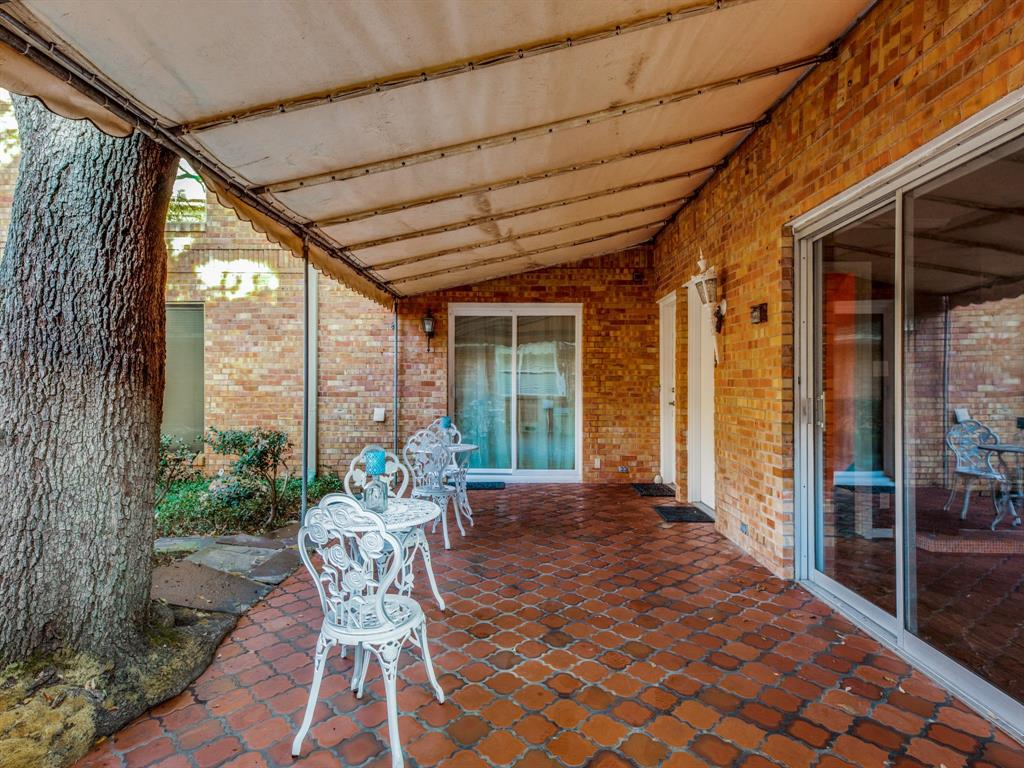 6042 Averill Way, Dallas, Texas 75225 - acquisto real estate best realtor dallas texas linda miller agent for cultural buyers