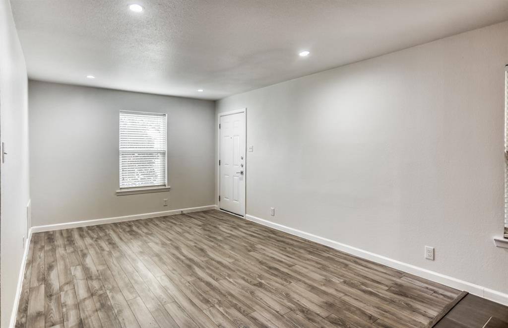 5708 Hudson Street, Dallas, Texas 75206 - acquisto real estate best real estate company to work for