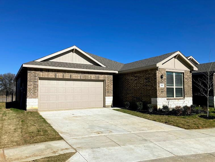 305 Laura Lane, Lewisville, Texas 75067 - Acquisto Real Estate best plano realtor mike Shepherd home owners association expert
