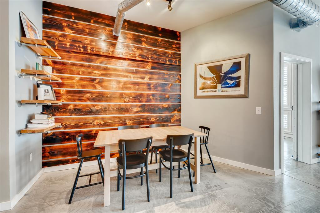201 Lancaster Avenue, Fort Worth, Texas 76102 - acquisto real estate best highland park realtor amy gasperini fast real estate service