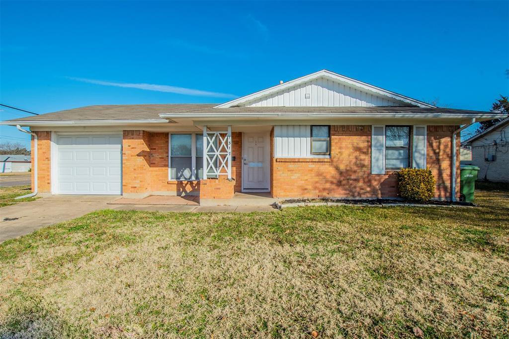 1317 Crockett Street, Garland, Texas 75040 - Acquisto Real Estate best plano realtor mike Shepherd home owners association expert