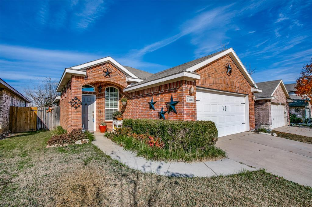 5816 Parkview Hills Lane, Fort Worth, Texas 76179 - Acquisto Real Estate best plano realtor mike Shepherd home owners association expert