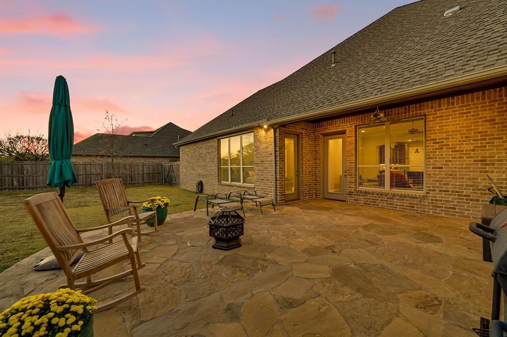 7108 Bursey Road, North Richland Hills, Texas 76182 - acquisto real estate best looking realtor in america shana acquisto