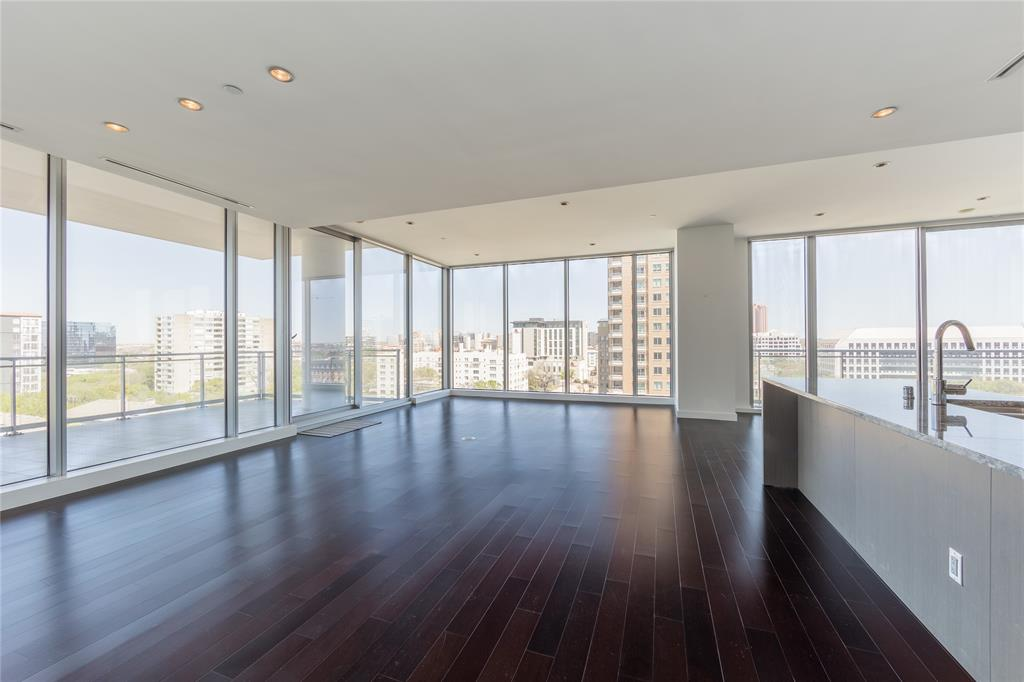 2900 Mckinnon  Street, Dallas, Texas 75201 - acquisto real estate best luxury buyers agent in texas shana acquisto inheritance realtor