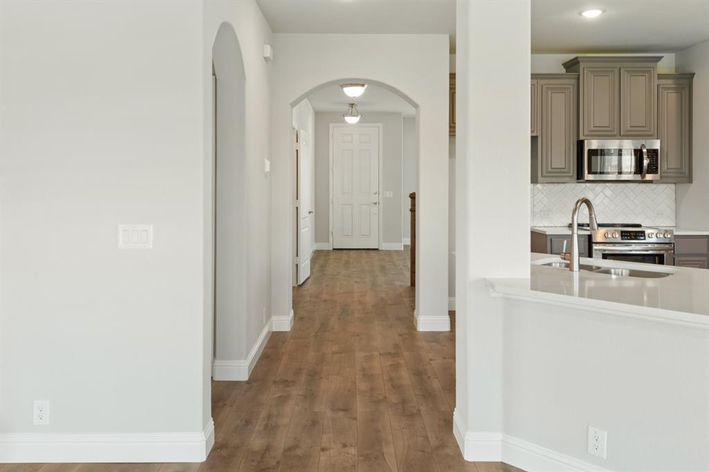 6316 Dartford  Drive, Mesquite, Texas 75181 - acquisto real estate best realtor foreclosure real estate mike shepeherd walnut grove realtor