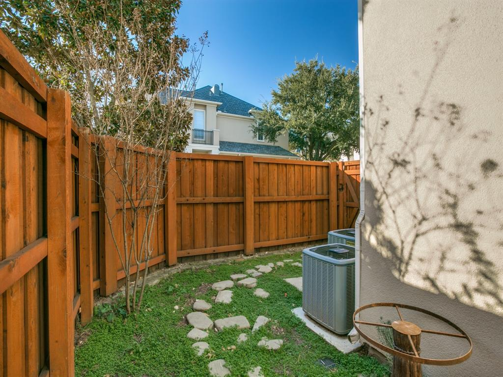 4102 Oberlin Way, Addison, Texas 75001 - acquisto real estate best frisco real estate broker in texas for high net worth buyers