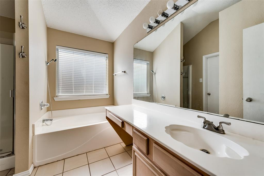 608 Mustang Court, Little Elm, Texas 75068 - acquisto real estate best real estate company in frisco texas real estate showings