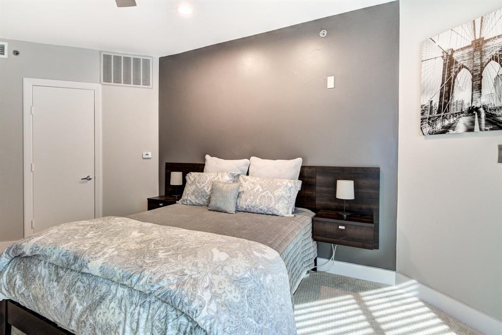 4122 Avondale  Avenue, Dallas, Texas 75219 - acquisto real estate best investor home specialist mike shepherd relocation expert