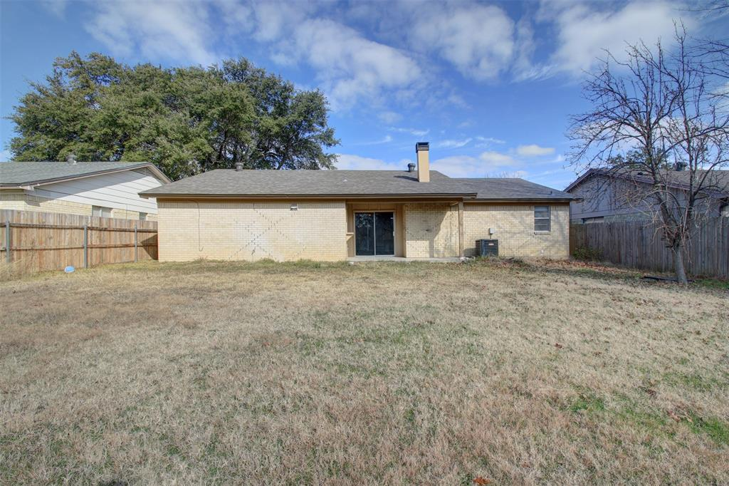 1718 Briar Meadow Drive, Arlington, Texas 76014 - acquisto real estate best designer and realtor hannah ewing kind realtor