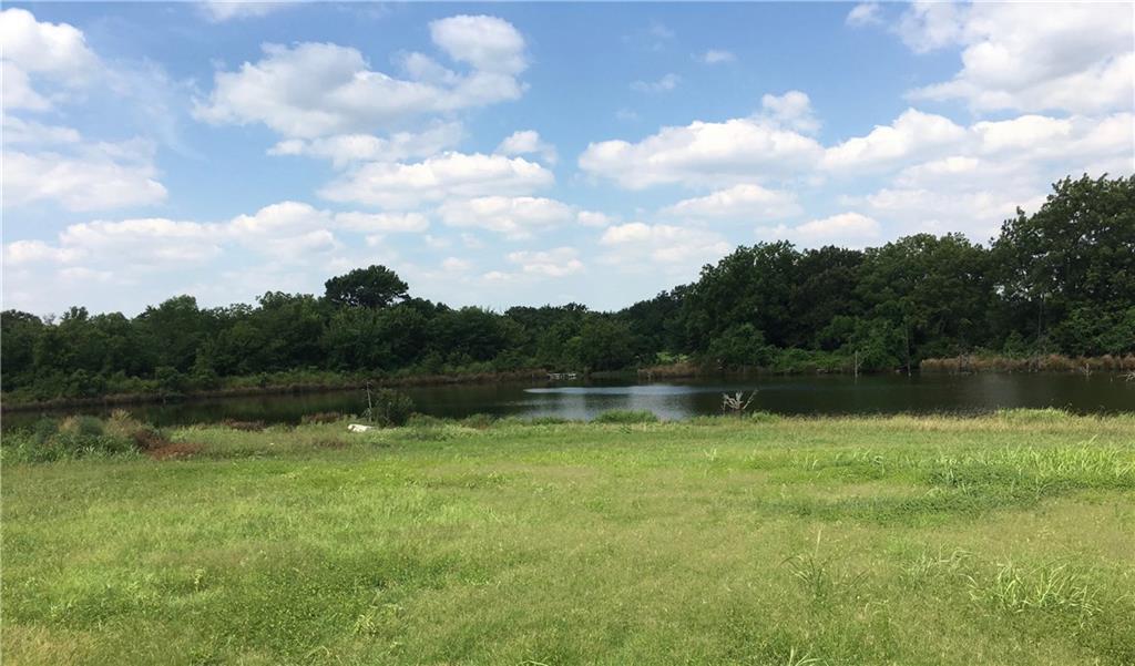 1417 Heritage  Road, Whitesboro, Texas 76273 - acquisto real estate agent of the year mike shepherd