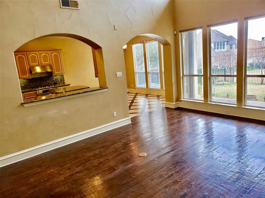 4303 Spyglass Hill Lane, Irving, Texas 75038 - acquisto real estate best prosper realtor susan cancemi windfarms realtor