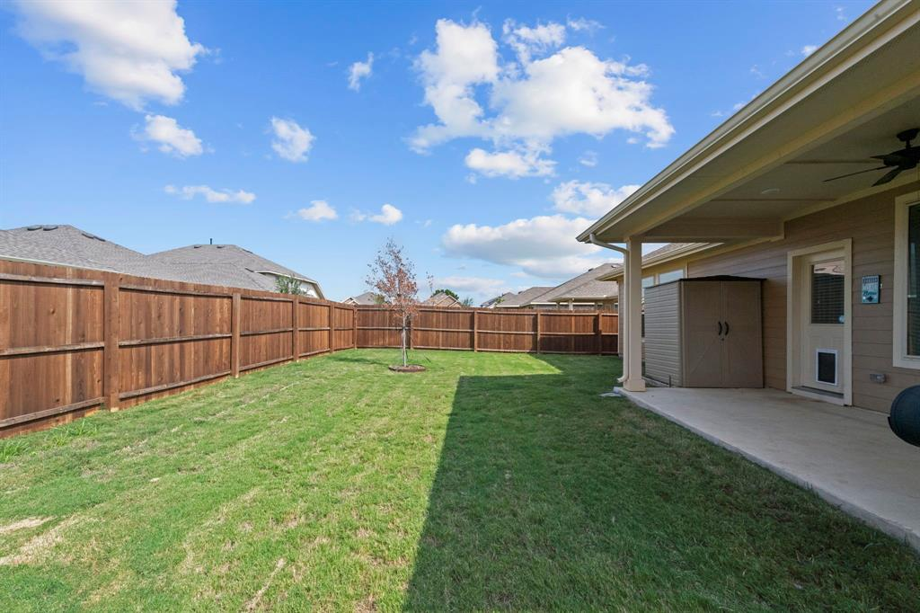1912 Augustus Drive, Fort Worth, Texas 76120 - acquisto real estate best negotiating realtor linda miller declutter realtor