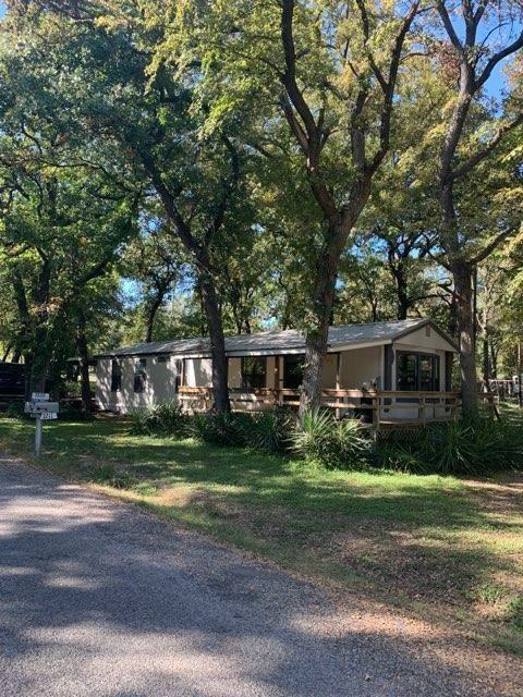 7222 Camp Street, Azle, Texas 76020 - acquisto real estaet best boutique real estate firm in texas for high net worth sellers