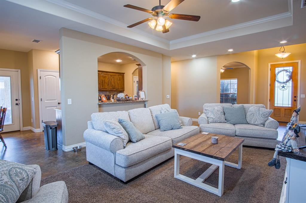 10 Liberty Court, Wichita Falls, Texas 76306 - acquisto real estate best celina realtor logan lawrence best dressed realtor
