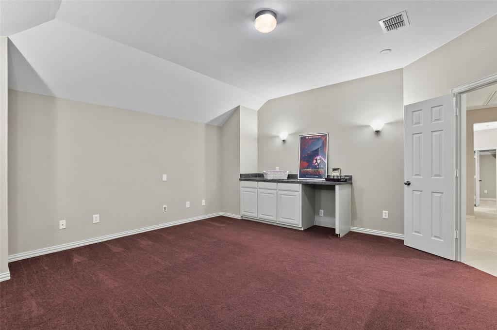 8450 Linden Street, Lantana, Texas 76226 - acquisto real estate best realtor foreclosure real estate mike shepeherd walnut grove realtor