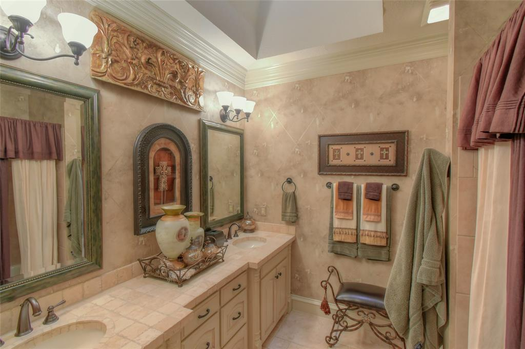 4425 Fairway View Drive, Fort Worth, Texas 76008 - acquisto real estate best realtor dfw jody daley liberty high school realtor