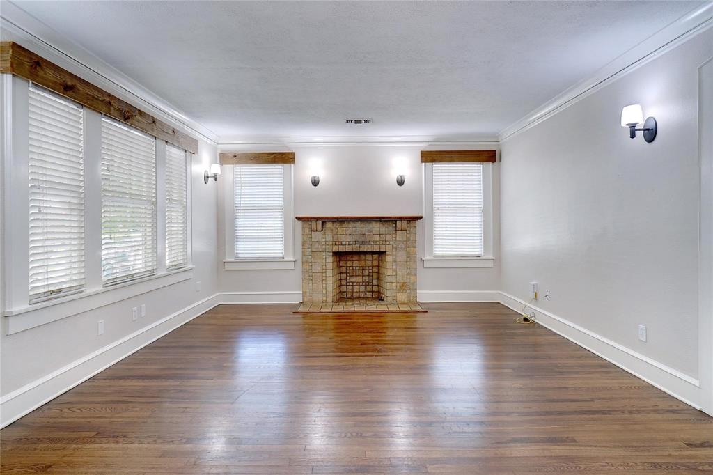 3201 Cockrell Avenue, Fort Worth, Texas 76109 - acquisto real estate best highland park realtor amy gasperini fast real estate service