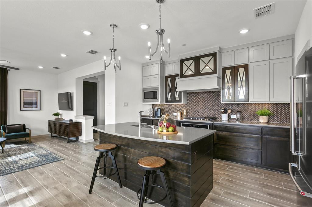 2745 Vista Park Lane, Lewisville, Texas 75067 - acquisto real estate best prosper realtor susan cancemi windfarms realtor