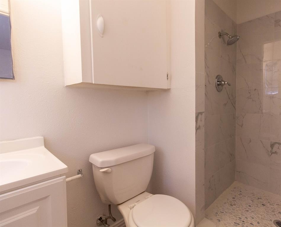 1703 Buena Vista Street, Mesquite, Texas 75149 - acquisto real estate best plano real estate agent mike shepherd