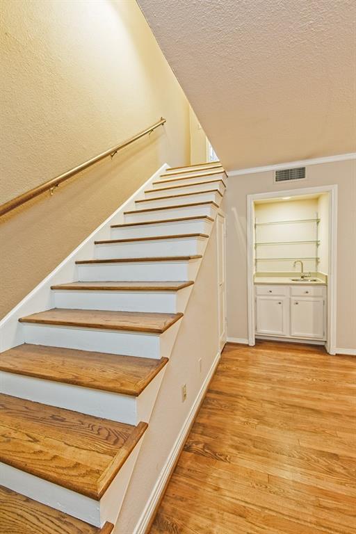 6324 Bordeaux Avenue, Dallas, Texas 75209 - acquisto real estate best looking realtor in america shana acquisto