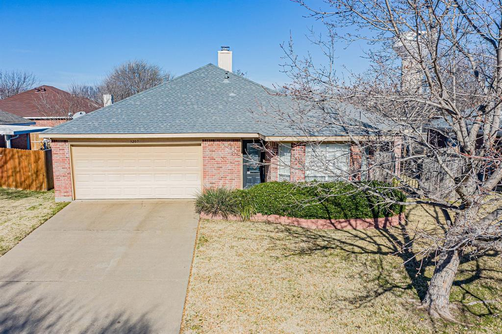3207 Dove Valley Lane, Mansfield, Texas 76063 - acquisto real estate agent of the year mike shepherd