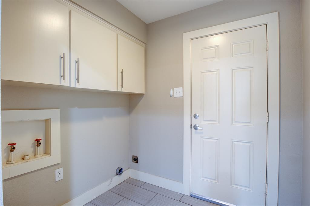 11916 Brookmeadow Lane, Dallas, Texas 75218 - acquisto real estate best new home sales realtor linda miller executor real estate