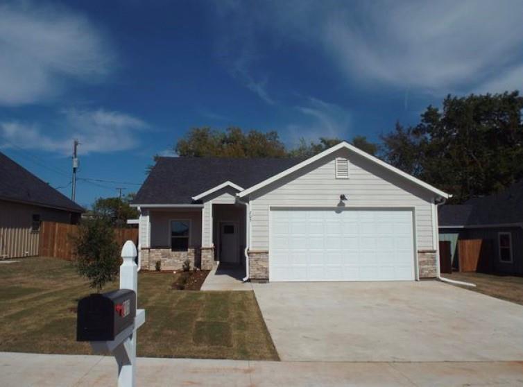211 Hilre Drive, Sherman, Texas 75092 - Acquisto Real Estate best mckinney realtor hannah ewing stonebridge ranch expert