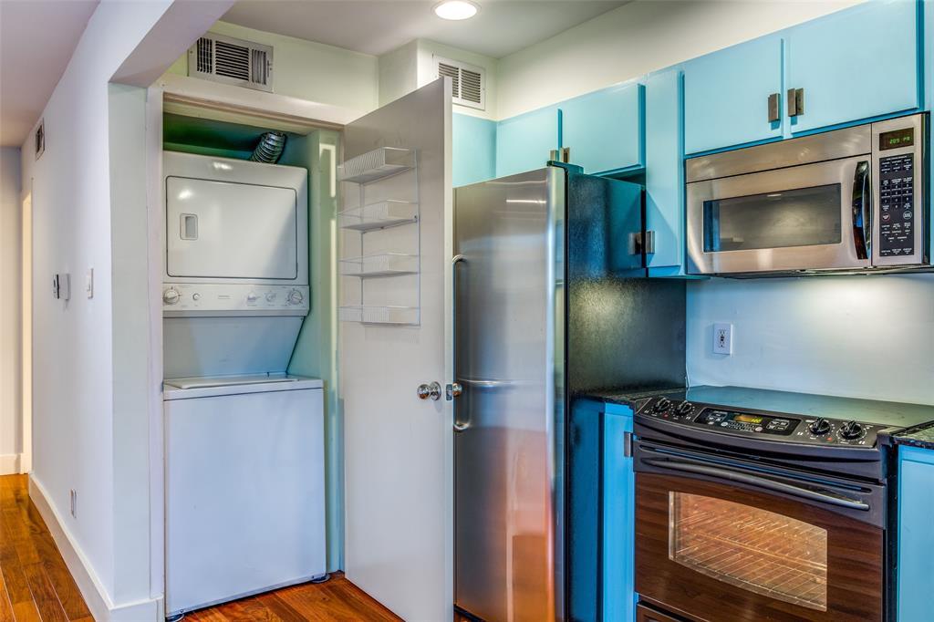 5047 Cedar Springs  Road, Dallas, Texas 75235 - acquisto real estate best realtor foreclosure real estate mike shepeherd walnut grove realtor