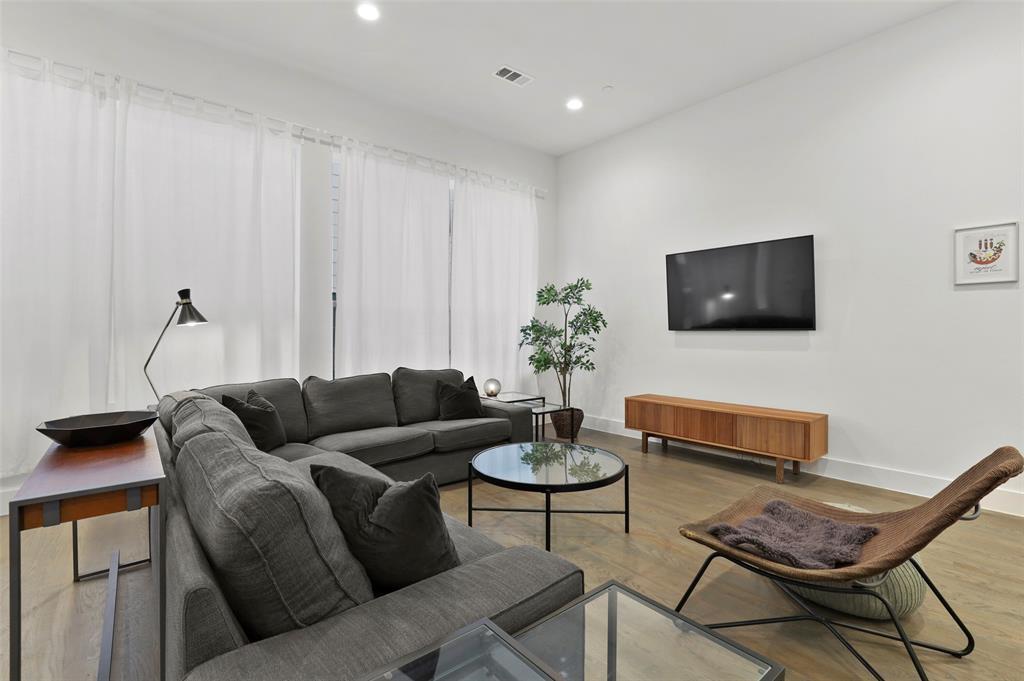 2226 Garrett Avenue, Dallas, Texas 75206 - Acquisto Real Estate best mckinney realtor hannah ewing stonebridge ranch expert
