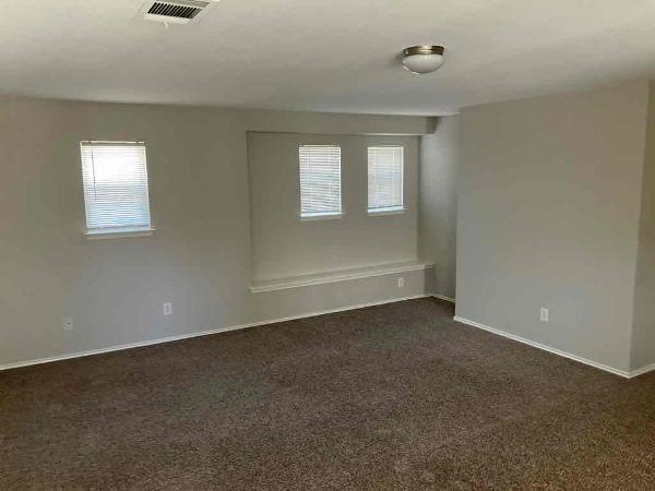3010 Dusty Oak Drive, Dallas, Texas 75227 - acquisto real estate best style realtor kim miller best real estate reviews dfw