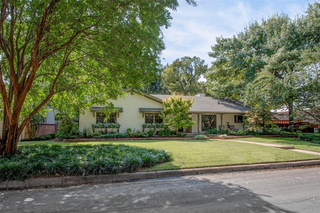 3813 Glenwood Drive, Fort Worth, Texas 76109 - Acquisto Real Estate best plano realtor mike Shepherd home owners association expert