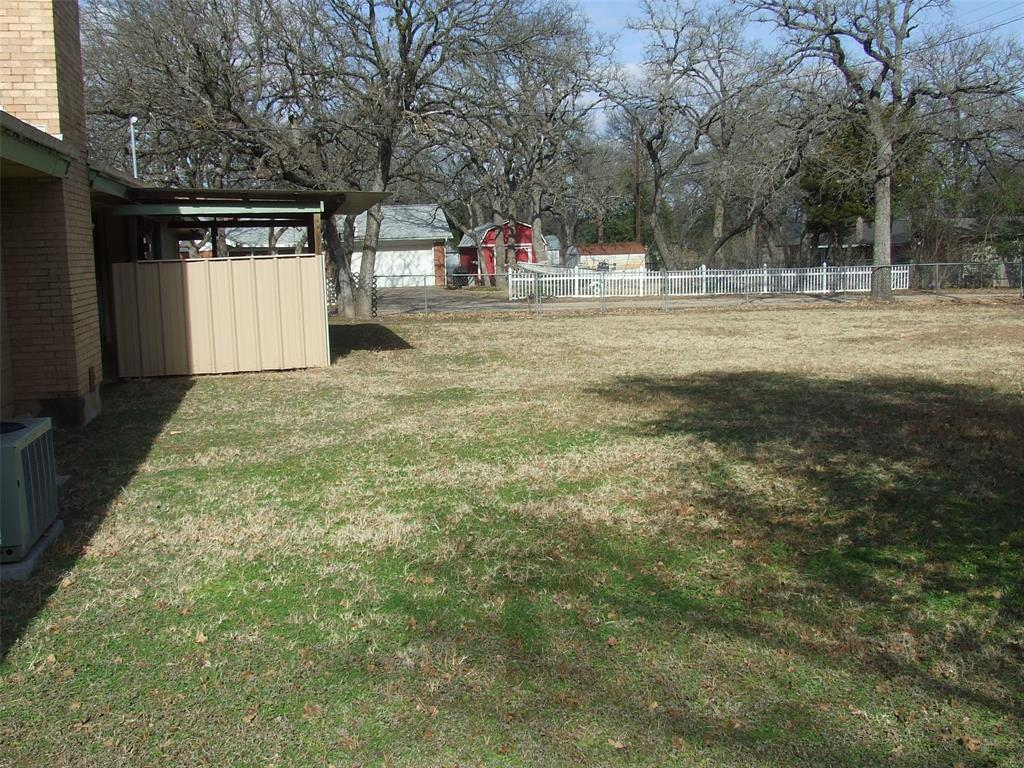 604 Cedar Street, Mineral Wells, Texas 76067 - acquisto real estate best new home sales realtor linda miller executor real estate