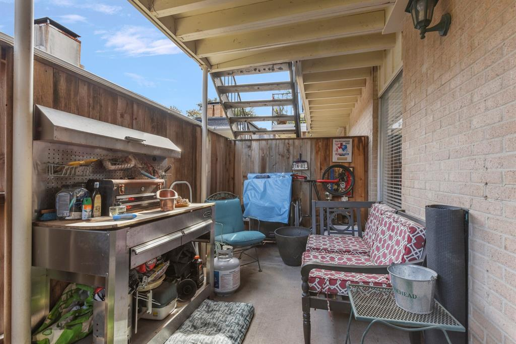 15914 Stillwood Street, Dallas, Texas 75248 - acquisto real estate best frisco real estate broker in texas for high net worth buyers