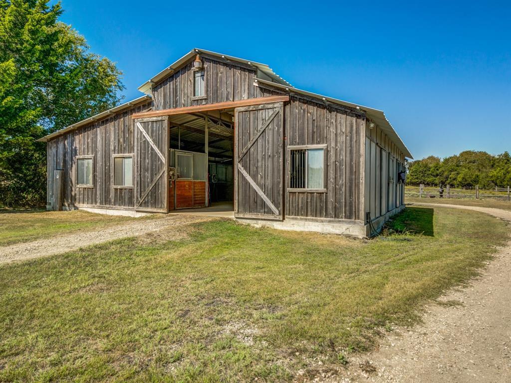 2011 Westmoreland Road, Glenn Heights, Texas 75154 - acquisto real estate best listing photos hannah ewing mckinney real estate expert