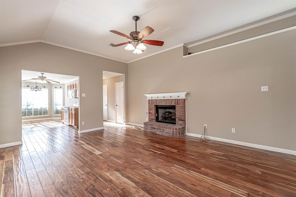 3207 Dove Valley Lane, Mansfield, Texas 76063 - acquisto real estate best highland park realtor amy gasperini fast real estate service