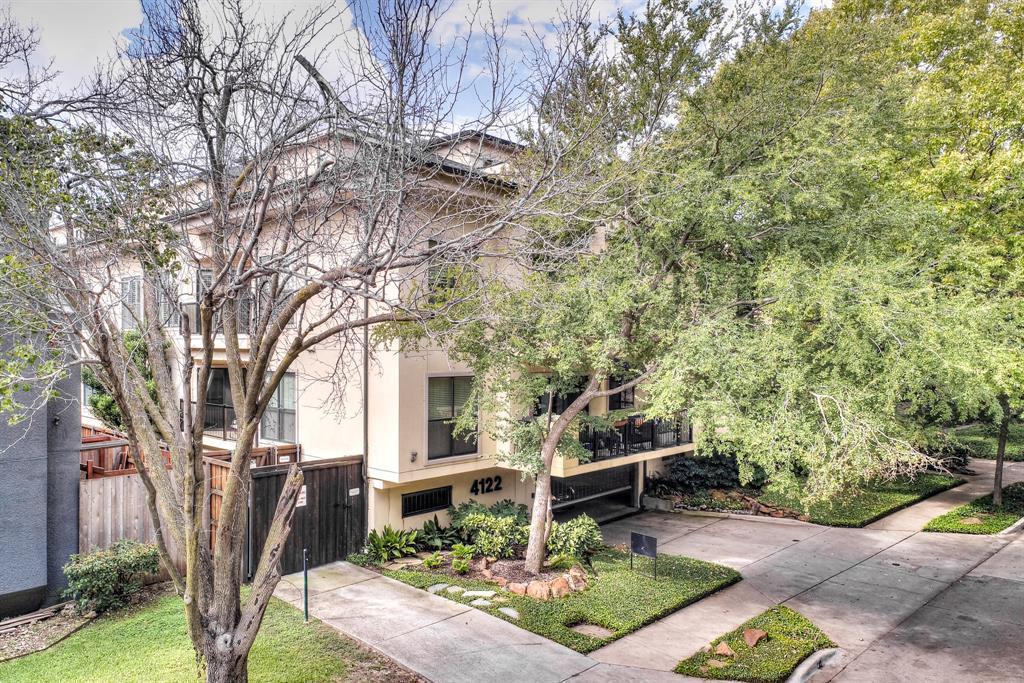4122 Avondale  Avenue, Dallas, Texas 75219 - acquisto real estate best park cities realtor kim miller best staging agent