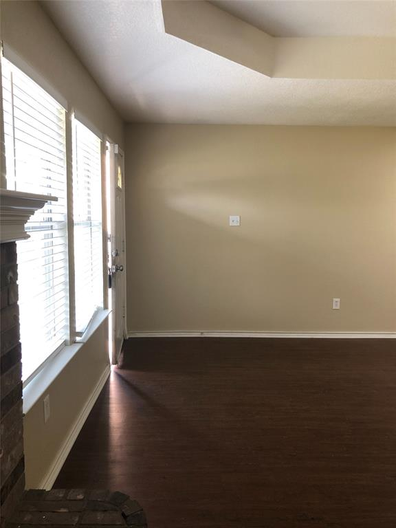 322 Wayne Street, Fort Worth, Texas 76111 - acquisto real estate best real estate company in frisco texas real estate showings