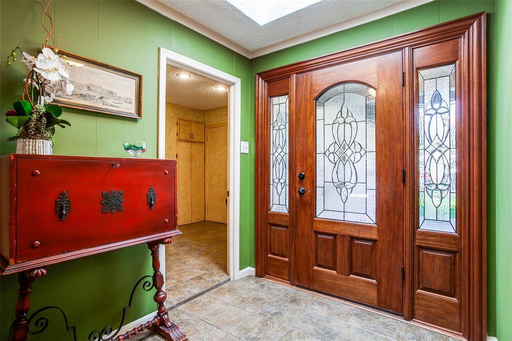 6840 Whitehill Street, Dallas, Texas 75231 - acquisto real estate best the colony realtor linda miller the bridges real estate