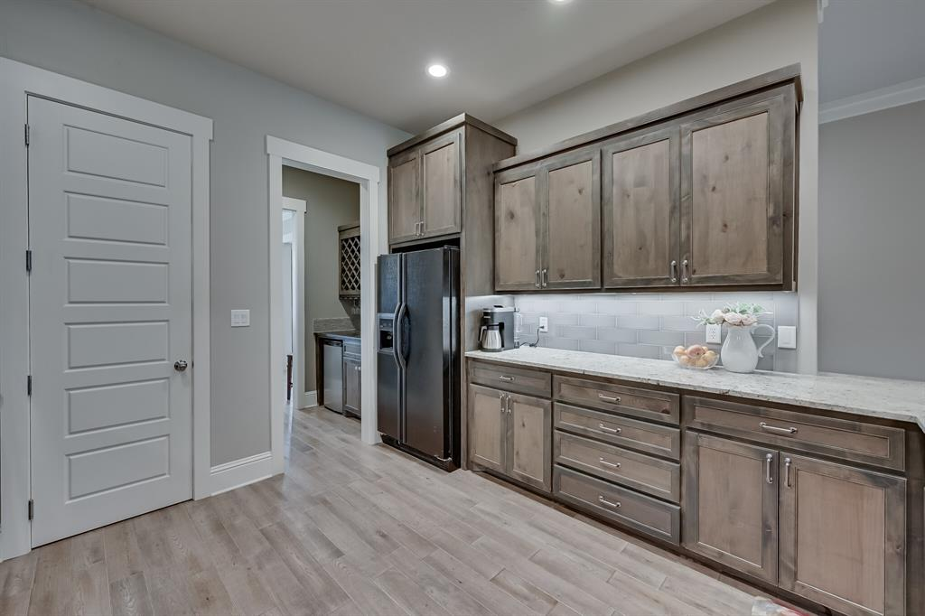 7108 Bursey Road, North Richland Hills, Texas 76182 - acquisto real estate best new home sales realtor linda miller executor real estate
