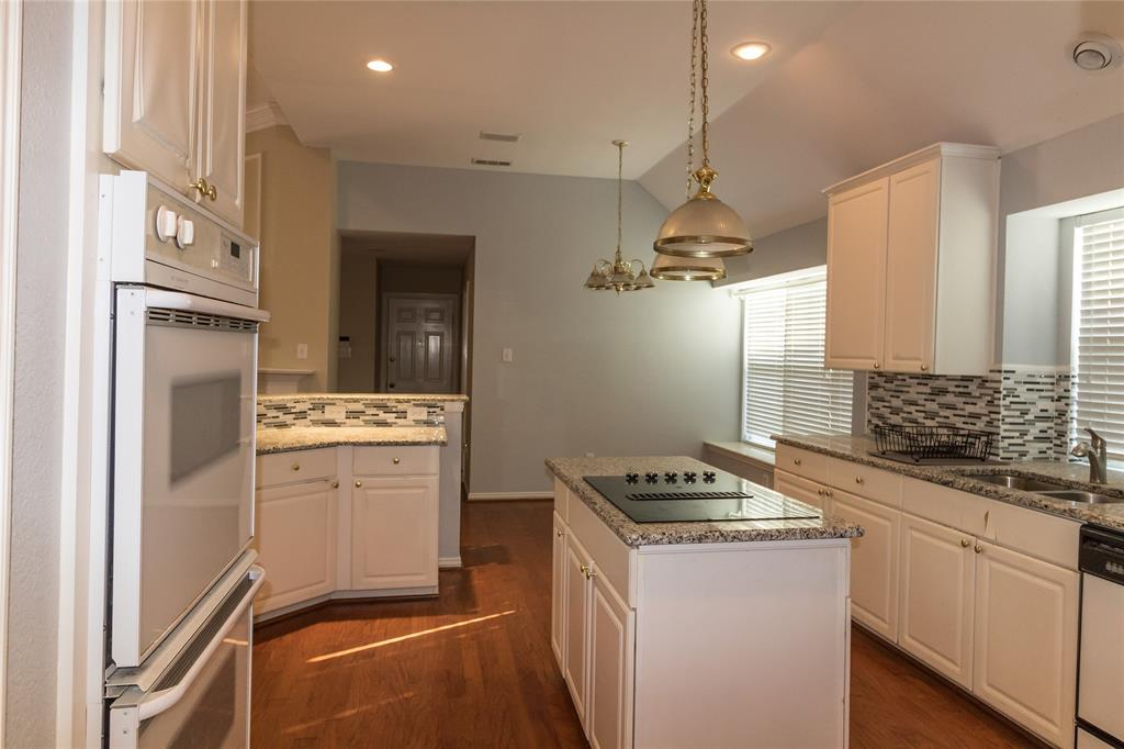 1404 Ranch Hill Drive, Irving, Texas 75063 - acquisto real estate best highland park realtor amy gasperini fast real estate service