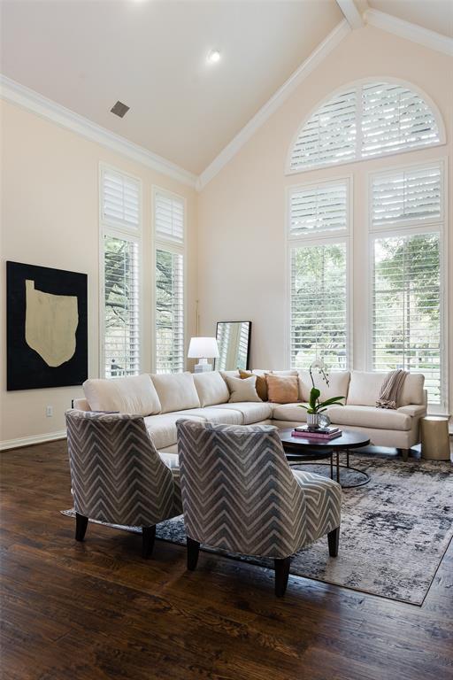 3 Glenshire Court, Dallas, Texas 75225 - acquisto real estate best highland park realtor amy gasperini fast real estate service