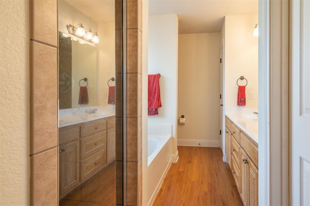 1000 Jenny Drive, Keene, Texas 76031 - acquisto real estate best designer and realtor hannah ewing kind realtor