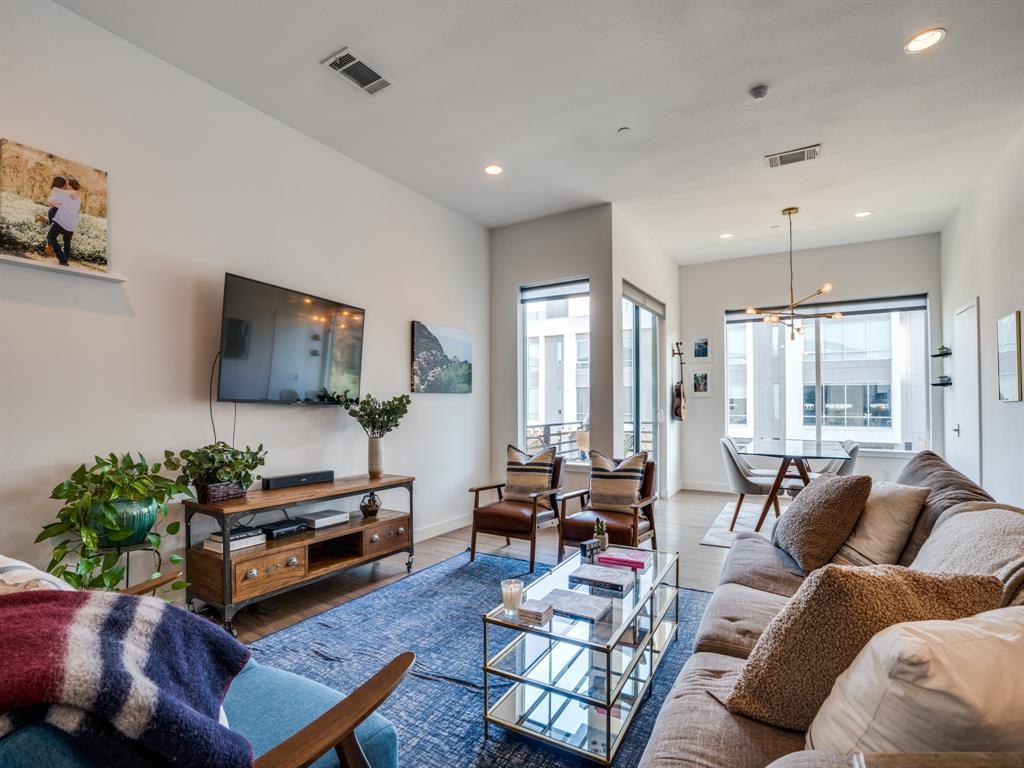 2115 Bennett Avenue, Dallas, Texas 75206 - acquisto real estate best listing listing agent in texas shana acquisto rich person realtor