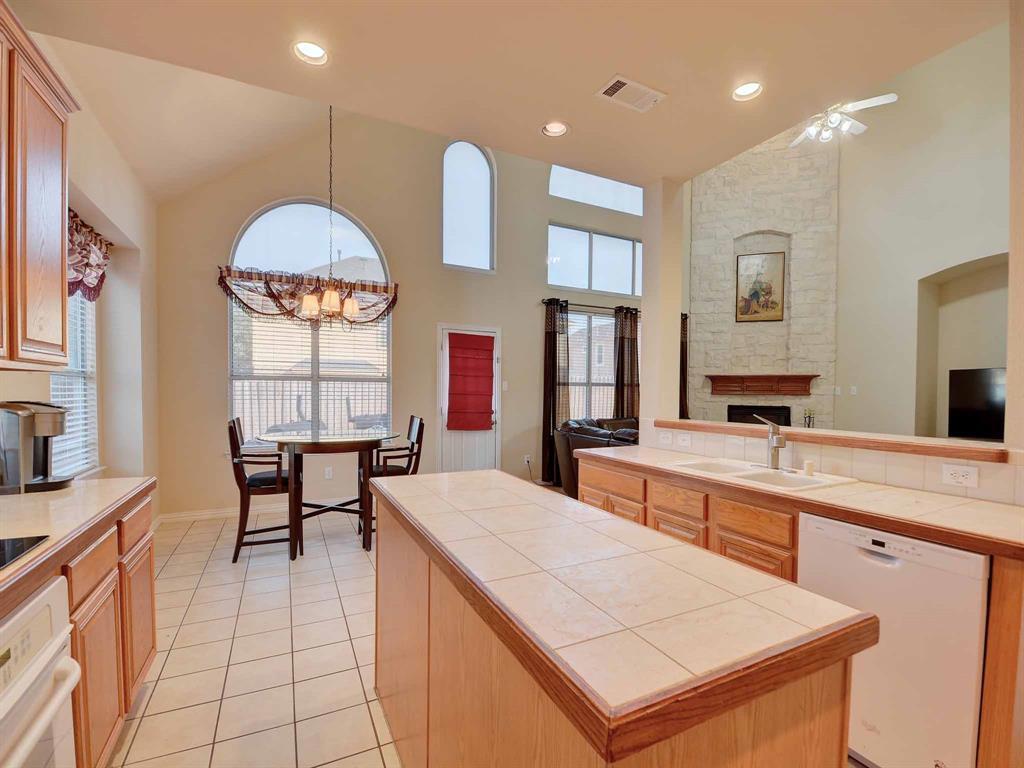 616 Daisy Drive, DeSoto, Texas 75115 - acquisto real estate best prosper realtor susan cancemi windfarms realtor
