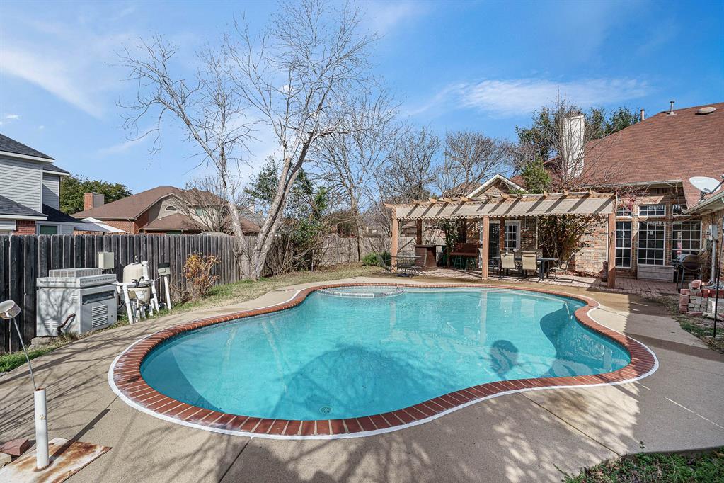 7301 Cedarbrook  Road, Rowlett, Texas 75089 - acquisto real estate best plano real estate agent mike shepherd