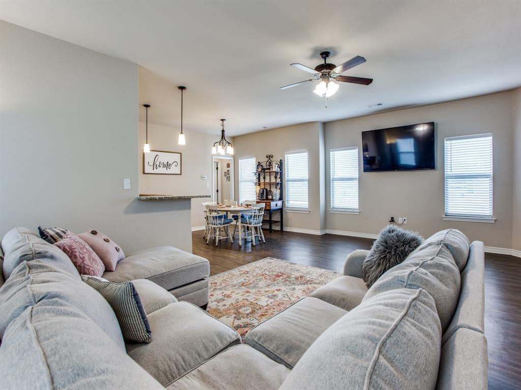 415 Montague Street, Pilot Point, Texas 76258 - acquisto real estate best celina realtor logan lawrence best dressed realtor