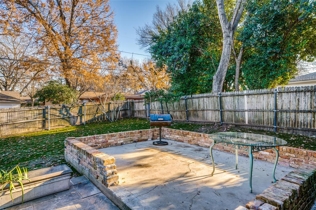 7014 Kingsbury Drive, Dallas, Texas 75231 - acquisto real estate best realtor westlake susan cancemi kind realtor of the year