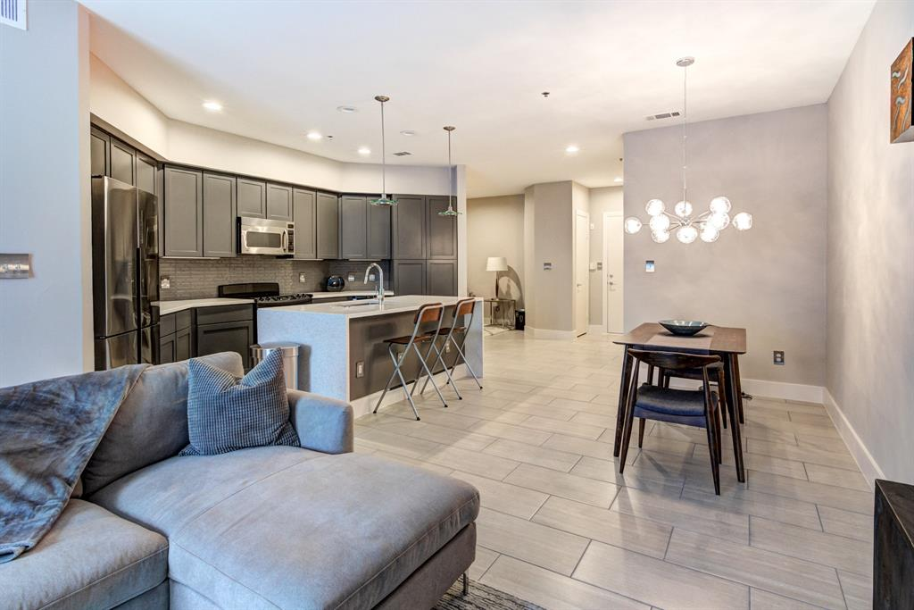 4122 Avondale  Avenue, Dallas, Texas 75219 - acquisto real estate best flower mound realtor jody daley lake highalands agent of the year