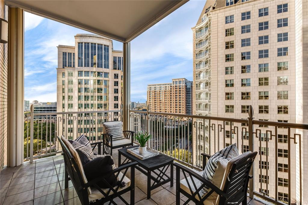 2555 Pearl Street, Dallas, Texas 75201 - acquisto real estate best real estate company to work for
